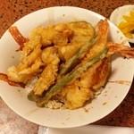 活魚村 海彦 - 「海鮮天丼」です。