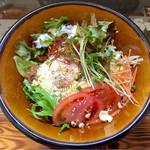 サントラップ - 照り焼きチキン南蛮の温玉のせごはん(スープ付)
