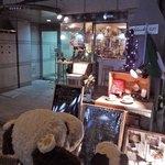 37136509 - こちらは大阪・本町の                       卸問屋街にあるカフェバー『バールイスタ(BarISTA)』。                       オフィスビルが立ち並ぶ一角で営業されているお店だよ。