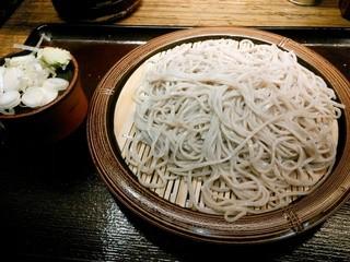そば新 - 石臼挽き蕎麦もり300円