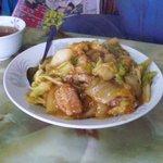 玉蘭 - 豚角煮ご飯。とろとろの豚角煮の味が絶妙です。