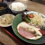 かねと食堂 - ハムエッグ定食 ¥780