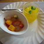サンモリッツ - フルーツポンチ、レモンとマンゴーゼリー