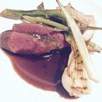 ジュー ドゥ マルシェ - 和牛ランプ肉 赤ワイソースで