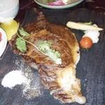 オリエンタル ブッダ - 牛サーロインステーキ