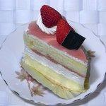 カプリス - 桜のケーキ