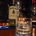 cafe bar Bank - ジェムソン
