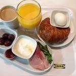 IKEAレストラン 神戸 - イケアブレックファースト299円税別