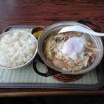 中園食堂 - 肉鍋定食500円中園食堂人気メニュー(一度お試しあれ)