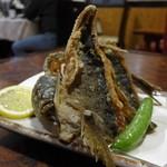 きよ都 - 地魚(イサキ)唐揚げ(650円)