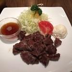 洋食屋かもん - かもんステーキ200g1530円