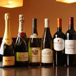 木ノ下 - シャンパン ワイン ほんの一部です。