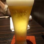 和モードちよ松 - ドリンク写真:生ビールからスタート