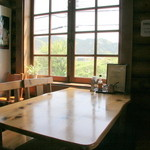 37167367 - グループならテーブルで♪1人~2人で行く場合は相席になる可能性あり
