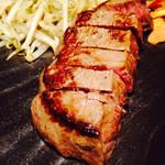 鉄板Diner JAKEN 恵比寿店 - 特撰黒毛和牛 モモ肉ステーキ