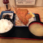 丸冨水産 池袋西口店 -