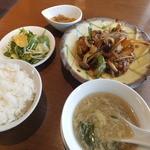 CHINA TABLE 花木蘭 - ランチ特製黒酢の酢豚920円