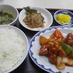 桂林 - 酢豚定食760円(税込)