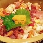小樽海鮮丼エン - 11種の魚介がのった海鮮ひつまぶし 1980円