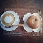 空猫カフェ - クランベリーとクリームチーズ♡