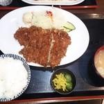 37191605 - ジャンボチキンカツ定食750円