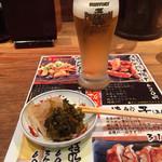ラーメン 龍の家 - カウンター常備の辛子高菜ともやしのナムル。