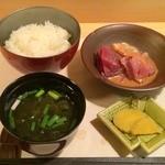 37193197 - 白飯、味噌汁、刺身、香の物