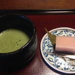 山茶花 - 羊羹と抹茶