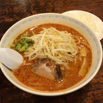 てんぐや - タンタン麺ライス付き800円    普通に美味しい
