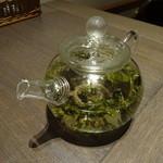 サイアミーズ フィン - 凍頂烏龍茶:600円