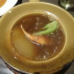 サイアミーズ フィン - 吉切鮫フカヒレ姿とカニ爪のスープ土鍋:1,980円