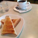 喫茶やまぐち -