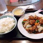 中国料理 上海謝謝 - 日替りランチ(酢豚)