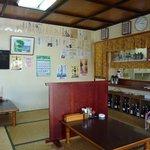 奥武島海産物食堂 - 座敷。
