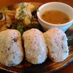 ウニコ - 料理写真: