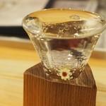まる酒 - 日本酒は大と小が選べます