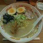 味八 - 函館塩らーめん味玉入り¥780-→¥500-