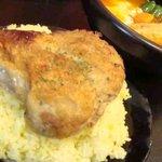 kanakoのスープカレー屋さん - チキントッピング