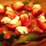 Ho 100%drunker - トマトと苺のリコッタサラダ