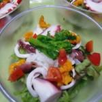 手打ち蕎麦しなの屋吉べぇ - 海鮮春サラダ