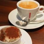 千年葡萄家 - ティラミス、コーヒー