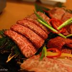 37227937 - 「高麗屋」の絶品焼肉 (産地直送のA4/A5最高級黒毛和牛使用)富士山溶岩焼き