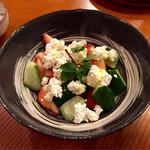 くりや - 苺ときゅうりのカッテージチーズサラダ
