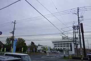 寺田商店 - お店の前には龍ケ崎市役所が見え、車で行く場合には大変わかり易い位置にあるのが嬉しい所です。