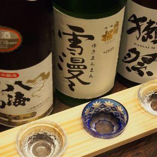 お料理に合う日本酒を豊富にご用意しております!