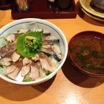 37240923 - 炙り〆鯖丼(盛り盛り)&赤出汁♪