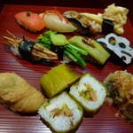 寿司処 おこぜ - 料理写真:【ひたん寿し 1500円】(赤出汁・デザート付き)