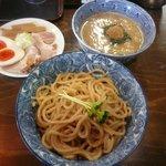 紋次郎 - 特製つけ麺(1000円)