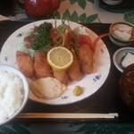 にっぽんの洋食 江戸一 - 2013/12/04 12:20訪問 カキフライ定食\850