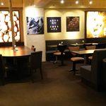 ARROW TREE - 2階のカフェスペース